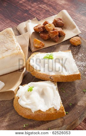Bread With Lard And Cracklings.