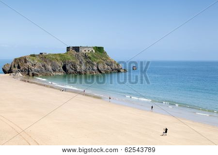 Tenby Beach And St. Catherine's Island