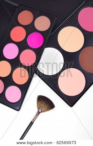 Professional Make-up Corrector With Brush