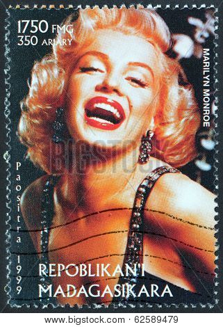Marilyn Stamp From Madagascar-2