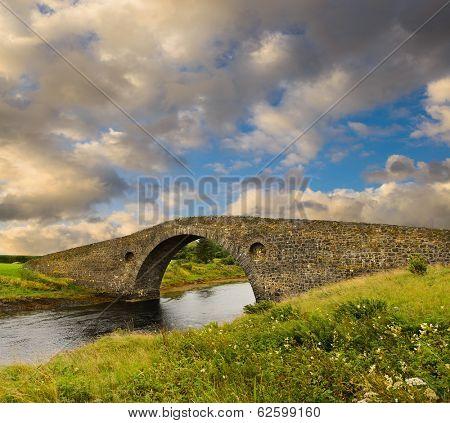 Atlantic Bridge at Clachan Seil, in Kintyre, Scotland, built in 1792 to the Isle of Seil