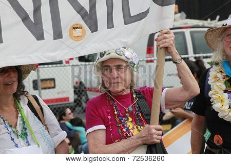 Raging Grannies on 11th Avenue