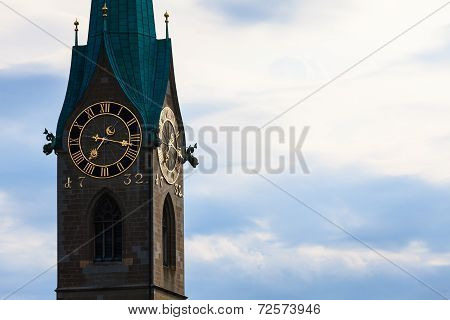 Zurich Landmarks: The St. Peter Church, The Lady Minster (german: Fraumunster)