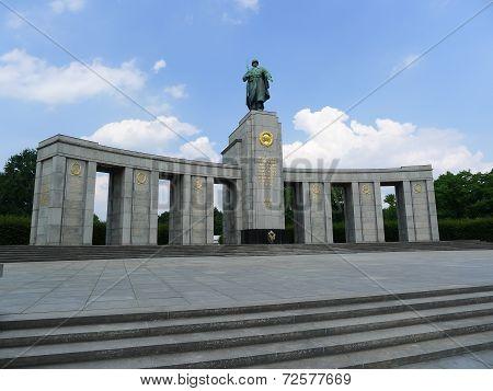 Berlin Soviet War Memorial