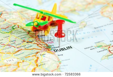Dublin Ireland  ,united Kingdom  Map Airplane