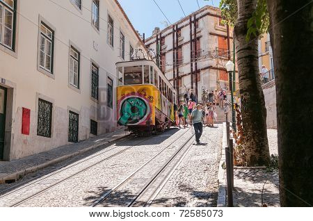 Gloria Funicular In Lisbon