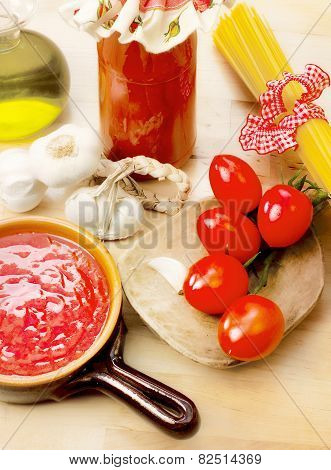 Tomato Sauce With Ingredients
