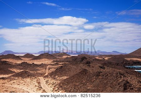 Canary Islands, Small Island Isla De Lobos, Fuerteventura In The Background