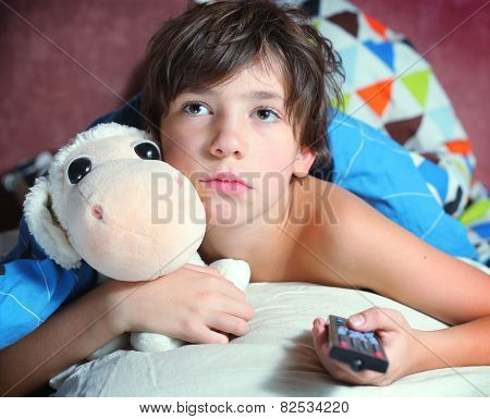 Preteen Handsome Boy Have A Good Time In Bed Watch Tv