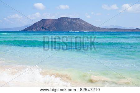 Northern Fuerteventura, View Towards Isla De Lobos, Guardia Civil Motor Boat In Front Of It
