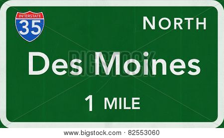 Des Moines USA Interstate Highway Sign
