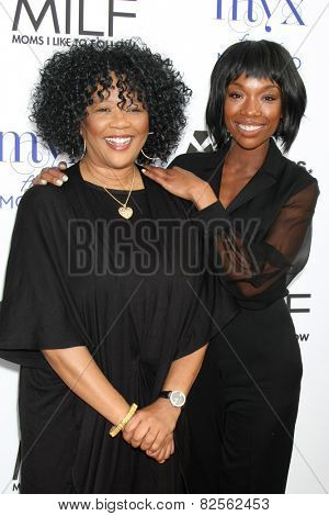 LOS ANGELES - FEB 6:  Sonja Norwood, Brandy Norwood at the MILF (Moms I like To Follow) Celebration Of Entertainment at a SLS Hotel on February 6, 2015 in Beverly Hills, CA