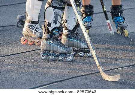 Hockey On Roller Skates