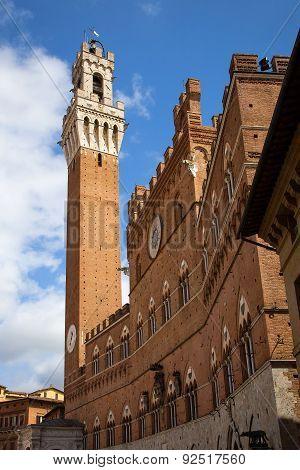 Campo Square In Siena, Italy