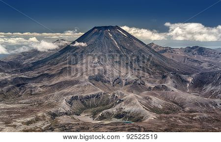 Mt. Ngauruhoe at Tongariro National Park (New Zealand)