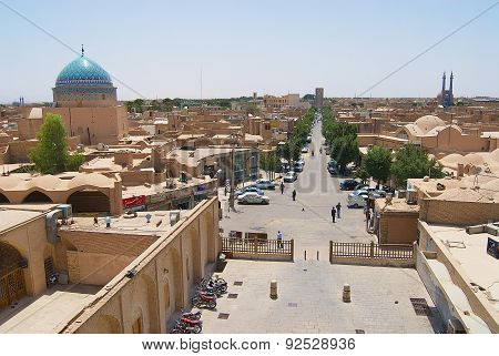 View to the historical part of the city from the minaret of Jameh mosque in Yazd, Iran.