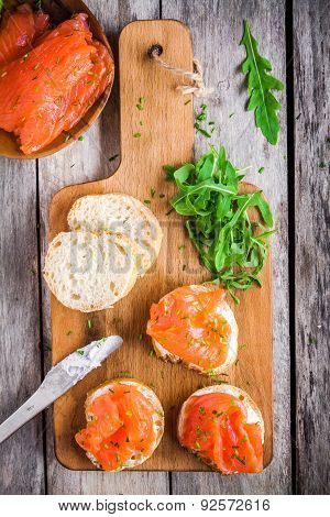 Sandwiches With Smoked Salmon With Cream Cheese, Arugula