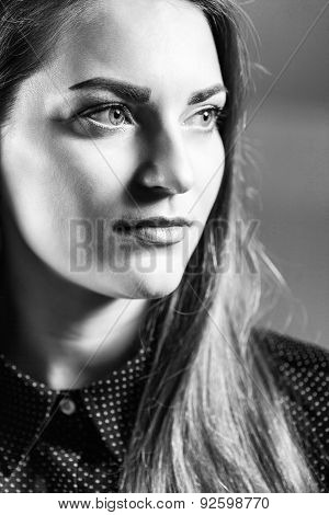 Bw Portrait Of Pretty Beautiful Woman