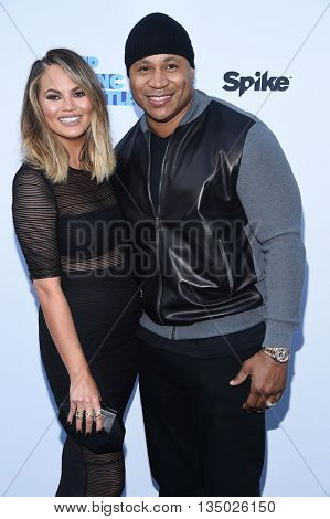 LOS ANGELES - JUN 14:  Chrissy Teigen & LL Cool J arrives to the