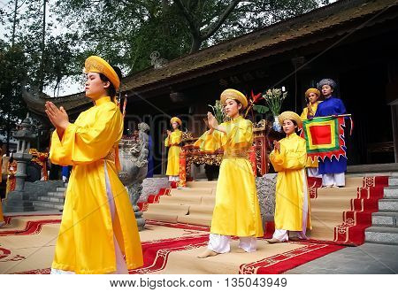 PHU THO, Vietnam, March 10, 2016 group of young women, Phu Tho, sacrifices, festivals. Hung Vuong Temple, Phu Tho Province, Vietnam