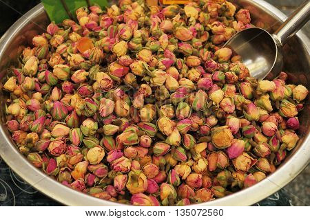 Rose petal mixture for Herbal Tea in outdoor market