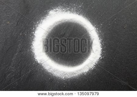 baking soda spread in to a circle