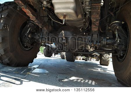 Heavy truck suspension and transmission - view from under the bottom