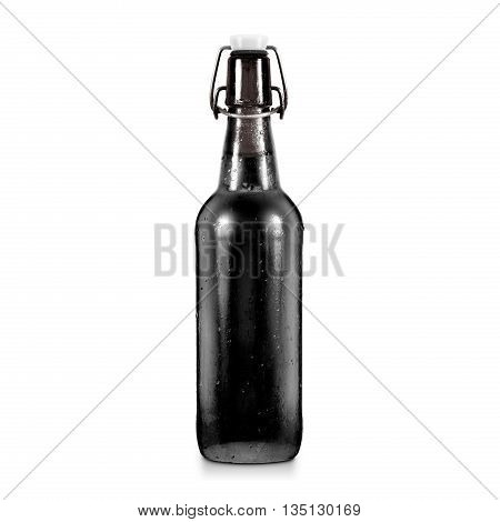 Blank black beer bottle mockup without label, isolated. Dark alcohol beverage botle mock up with clipping path. Cold wet beer flask template front view. Brewery bottle label branding. Beer corporate.