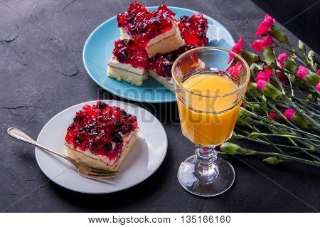 Forest Fruit Cake With Jelly