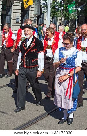 ZURICH - AUGUST 1: Swiss National Day parade on August 1, 2009 in Zurich, Switzerland. Representatives of canton Appenzeller in a historical costumes.