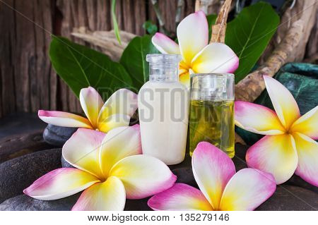 Mini Set Of Bubble Bath And Shower Gel Liquid With Pink White And Yellow Flowers Plumeria Or Frangia
