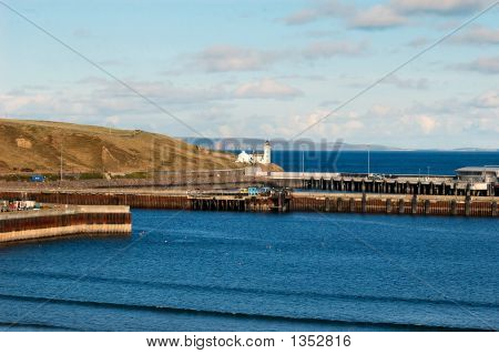 Scrabster Harbour 01