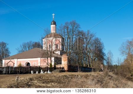 Church of the Resurrection in the village on the bank of the river Vassilyevskoe Moscow