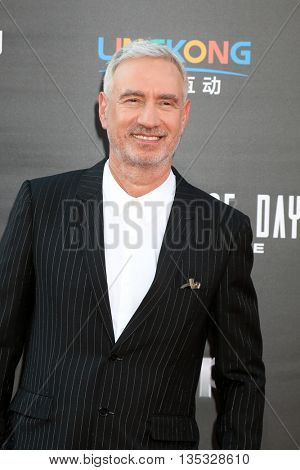 LOS ANGELES - JUN 20:  Roland Emmerich at the Independence Day: Resurgence LA Premiere at the TCL Chinese Theater IMAX on June 20, 2016 in Los Angeles, CA