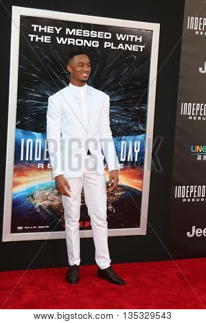 LOS ANGELES - JUN 20:  Jessie Usher at the Independence Day: Resurgence LA Premiere at the TCL Chinese Theater IMAX on June 20, 2016 in Los Angeles, CA