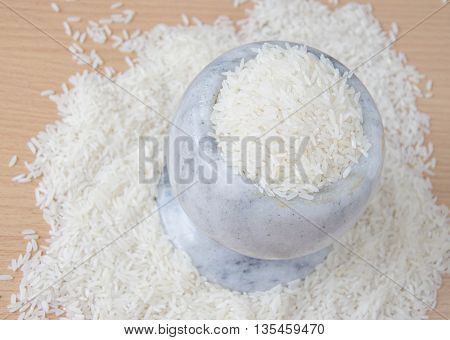 Thai jasmine rice The crop is the staple food in energy, carbohydrates are delicious aromatic rice varieties in South East Asia. Thailand