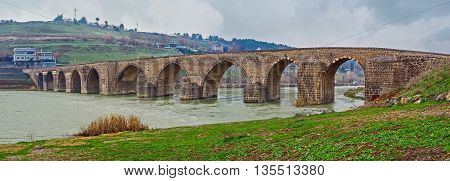 The Dicle Bridge is one of the most interesting sites located in suburb of Diyarbakir Turkey.