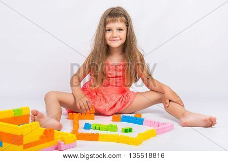 Girl Collects House Of The Block Designer