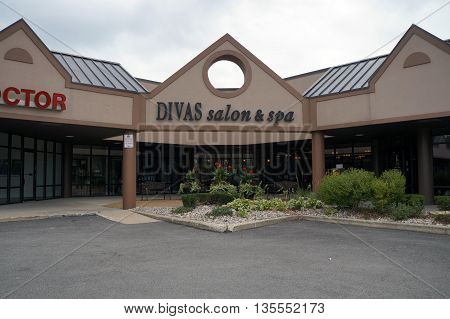 SHOREWOOD, ILLINOIS / UNITED STATES - AUGUST 30, 2015: One may have one's hair cut, and enjoy other spa services, at Divas Salon & Spa in Shorewood's Apple Tree Plaza.