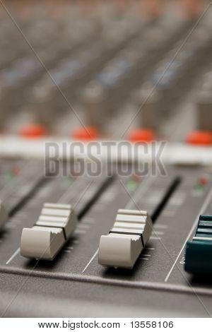 Studio sound-Mixer Informationen