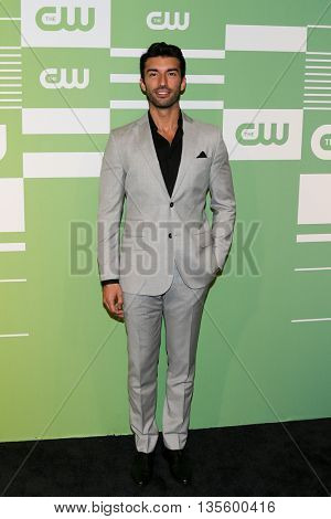 NEW YORK, NY - MAY 14: Actor Justin Baldoni attends the 2015 CW Network Upfront Presentation at the London Hotel on May 14, 2015 in New York City.