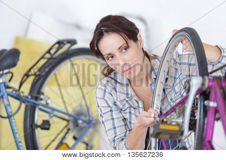 girl in motorbike mechanics