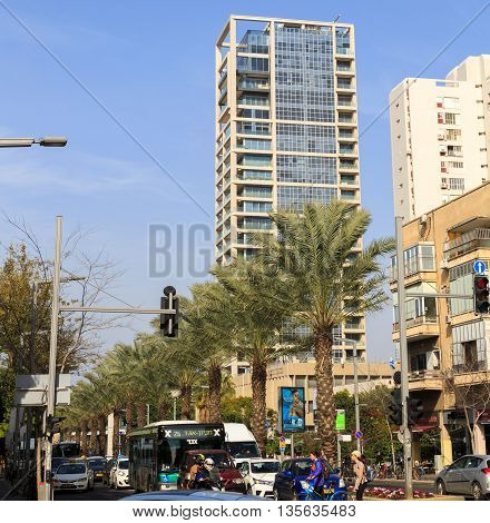 Tel-aviv, Israel - January 22, 2016: Crossroad Of Kaplan And Ibn Gabirol