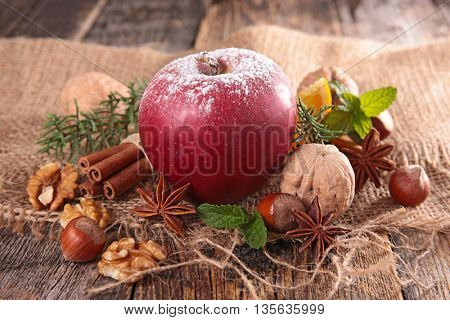 red apple and spices
