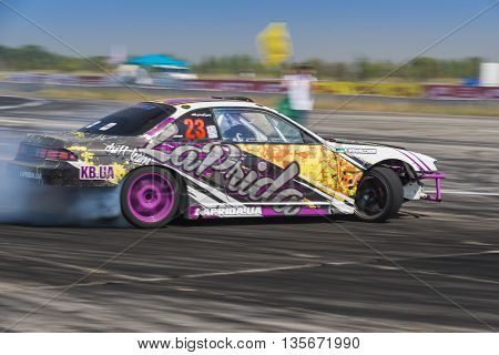 Vinnytsia Ukraine-July 25 2015: Unknown rider on the car brand Honda overcomes the track in the Drift championship of Ukraine on July 242015 in Vinnytsia Ukraine.