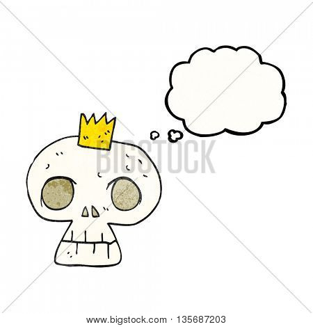 freehand drawn thought bubble textured cartoon skull with crown