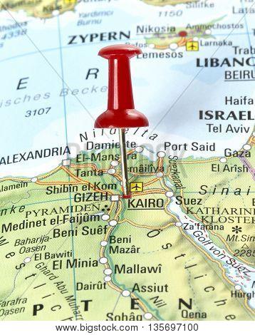 Map with pin set on Kairo, Egypt.