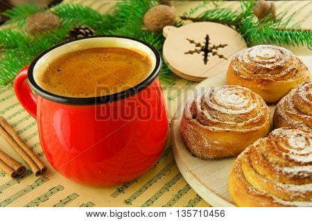 Kanelbulle - swedish cinnamon rolls and cup of coffe