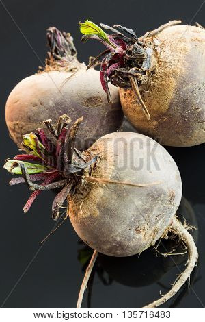 Three Farm Fresh Raw Beetroot