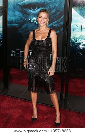 NEW YORK-DEC 7: Model Elsa Pataky attends the New York premiere of